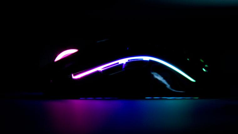 Model Oの光(サイド)
