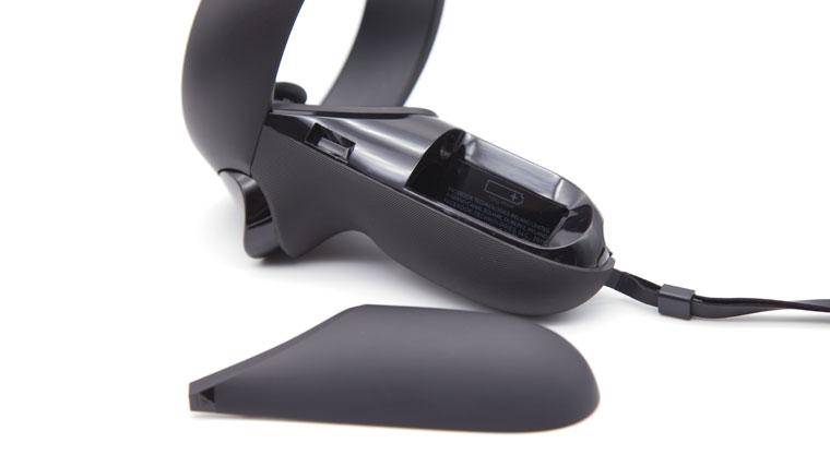 Oculus Rift S コントローラーの電池替えは簡単