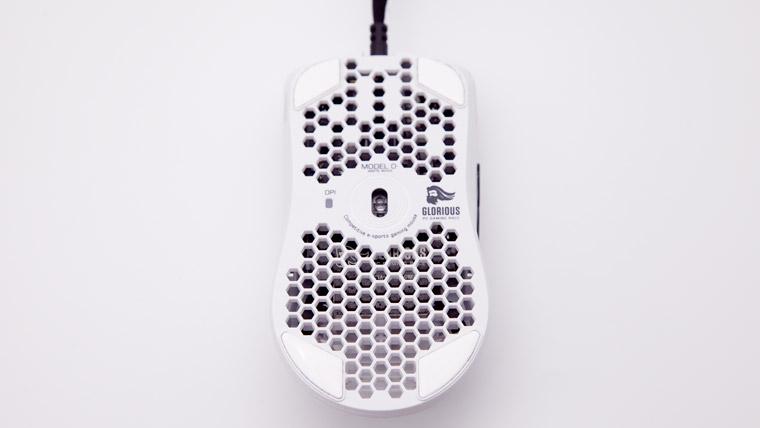 Model O- マウスフィート