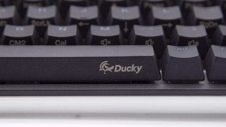 Ducky One 2 SF スペースキー