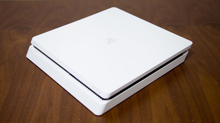薄型PS4 - 全景
