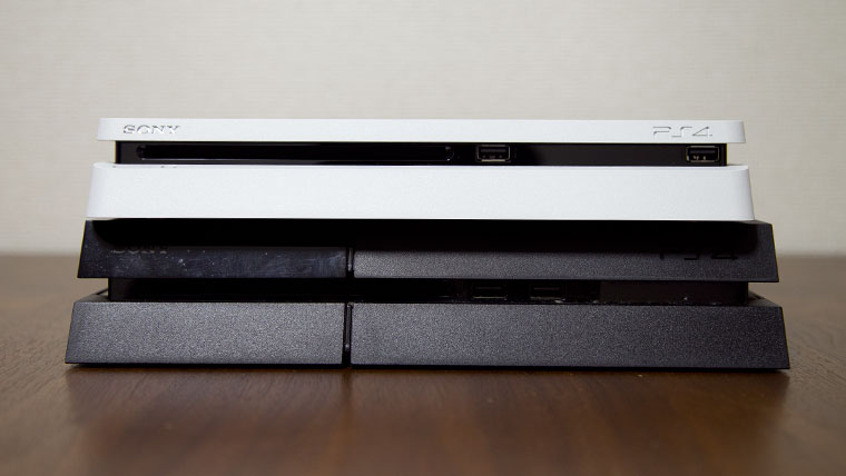 薄型PS4 - 旧型との比較