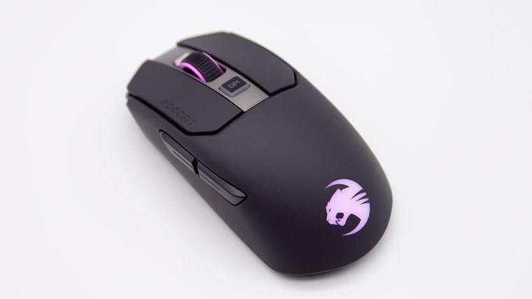 光るマウス