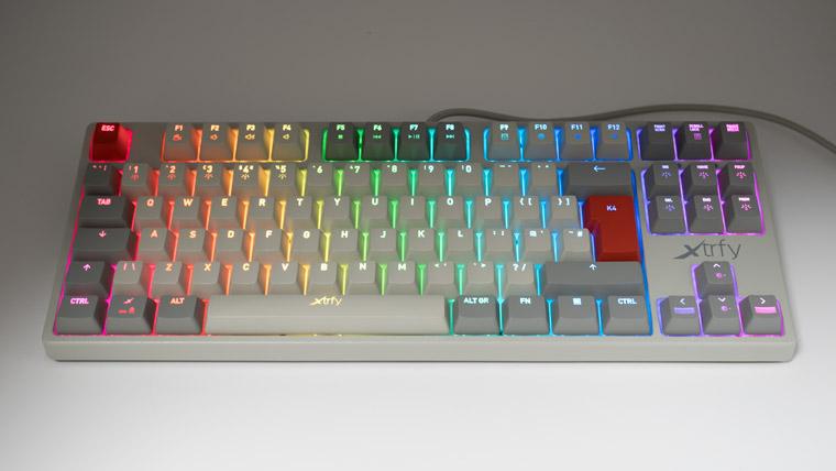 RGBで光るK4