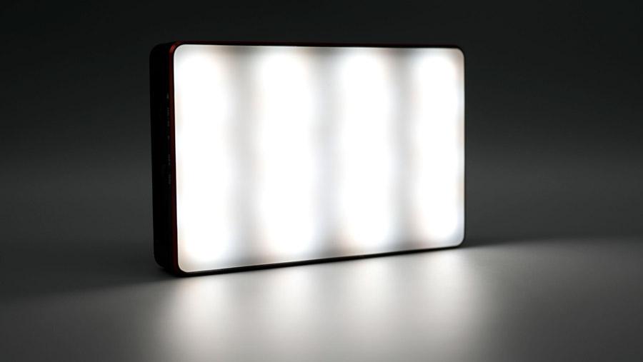 光るAL-MC