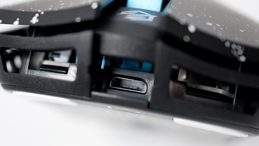 HT-S マウス側USB端子位置
