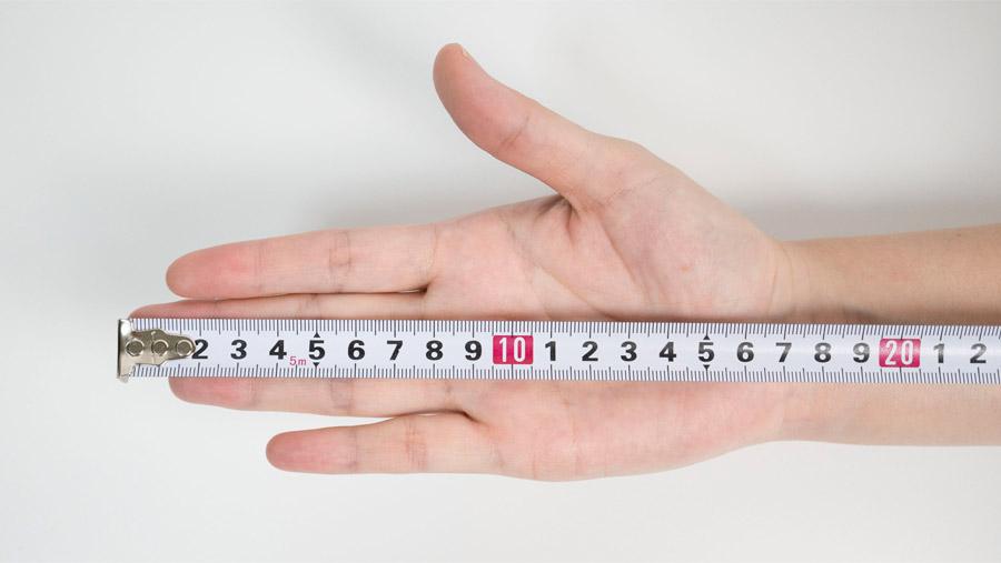 縦の手のサイズの測り方