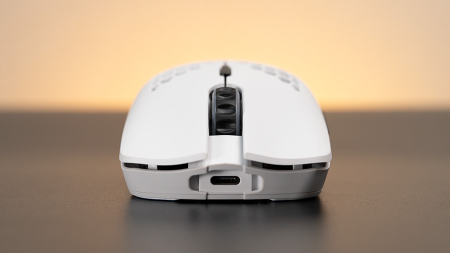 Model O Wireless フロント