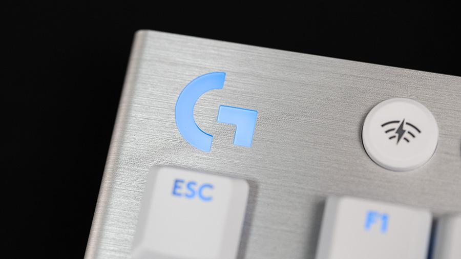 G913 TKL ロゴ