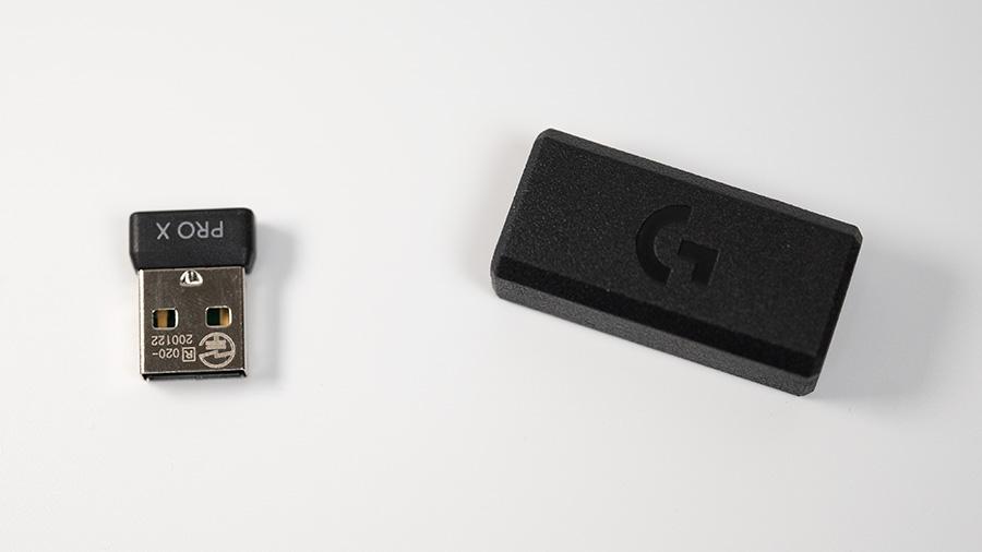 USBドングルと延長アダプター