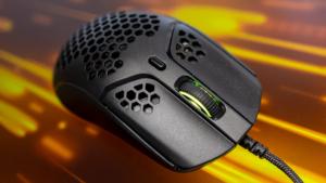 HyperX Pulsefire Haste レビュー。わずか59gのミディアムサイズゲーミングマウス